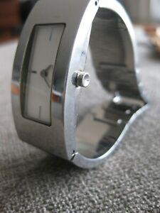 DKNY White Silver Stainless Steel Bracelet Bangle Modern Watch - Great