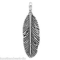 KUS 50 Charm Anhänger Für Bettelarmband Halskette Antik Silber Feder 30x9mm