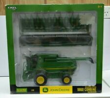 1:32 Scale John Deere 9860 Combine Harvester With Two Heads Collector Edition