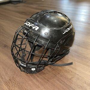 JOFA Junior Hockey Helmet 395JR Black 6 1/2- 7 1/4 Size 50-57 & 386JR chinstrap