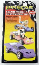 Pinewood Derby Featherweight Customizing Kit - PineCar #P3929