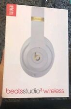 New Beats Studio3 Wireless Over-ear Headphones- WHITE/BLACK/RED/PORCELAIN ROSE