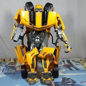 Bumblebee Ultimate Interactive Transformer Movie Action Figure Hasbro 2007