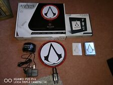 Assassins Creed Light, Playing cards & Flask