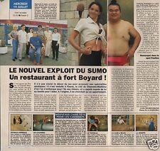 Coupure de presse Clipping 1993 Raymond Khamvène sumo de fort Boyard 1 page 1/2