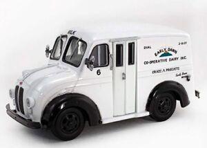 Divco Milk Truck Replica  Early Dawn   1/43 scale    O Gauge
