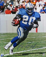 Barry Sanders Signed Detroit Lions Running With Football Action 16x20 Photo - SS