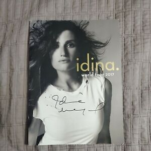 Idina Menzel Signed World Tour 2017 Program  Frozen Wicked Rent If/Then Elsa