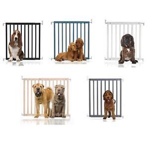 Safetots Premium Wooden Pet Gate Dog and Puppy Animal Barrier 63.5cm-105.5cm
