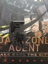 Virtual Toys The Dark Zone Renegade Flare Gun & Flares loose 1/6th scale
