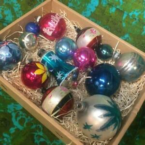 14 GREAT VINTAGE 1950s BLOWN GLASS CHRISTMAS TREE ORNAMENTS - SHINY BRITE & MORE