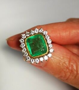 Magnificent 18ct Gold 5ct Diamond & Emerald Cocktail Cluster Halo Ring