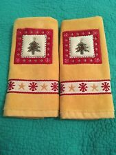 Set Of 2 Gold/Yellow/Red Terry Christmas Fingertip Towels W/ Embroidered Tree