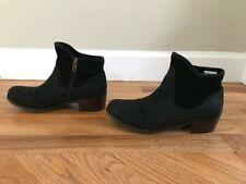 UGG Penelope Ankle Boot, Black, Womens Size 6- Model 1009390K