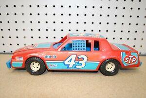 Ertl - Richard Petty 43 - Buick Regal NASCAR Stock Car