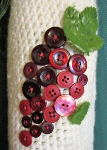 Crochet Wine Cozy/Old Buttons,Red Grape Cluster/Bottle Bag Gift Grapevine Mosaic