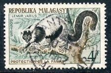 TIMBRE DE MADAGASCAR N°358 OBLITERE LEMUR