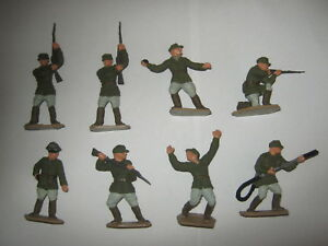 Lone star German's repainted in field uniforms 8 in 7 poses V/G condition set 1