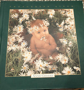 Anne Geddes square baby photo album, illustrated, never used