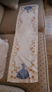 Antique style bundle of linens