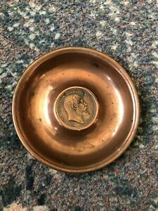 Pretty Edward VII copper Dish With Inlaid 1902 Penny