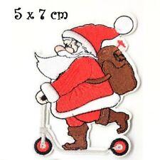APPLIQUE Écusson, Père Noël en trottinette ** 5 x 7 cm ** Patch brodé à coudre