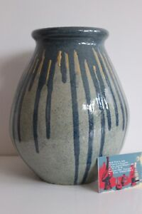 Important Vase Eze Signature to Identify Bel Enamel