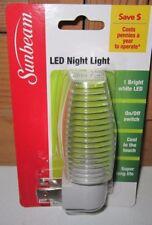 Sunbeam LED Night Light clear/white manual on/off sensor New In Pack