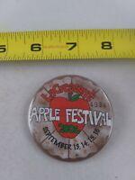 Vintage 2001 La Crescent Wisconsin APPLE FESTIVAL pin button pinback *EE79