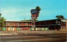 Postcard MI Royal Oak Oakland County Palms Motel Station Wagon 1970s K7