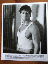 SYLVESTER STALLONE PHOTO NOIR ET BLANC 20 X25 CM 1989 HAUTE SECURITE