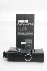Sunpak DigiFlash 3000 Flash For Nikon #957