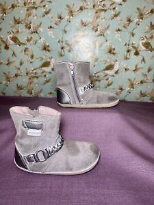 Size 6 TODDLER | Girl Robeez Mini Shoez Pop Diva Stone Grey Suede Boots Side Zip