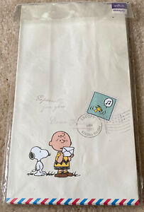 SNOOPY HALLMARK PAPER BAGS & STICKERS