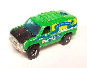 Hot Wheels 1977 Baja Breaker green  blackwall