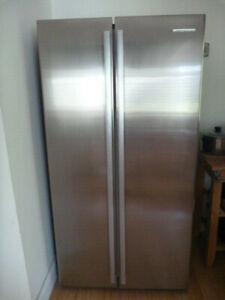Westinghouse Wse6100-sa Fridge & Freezer Combo Refrigerator