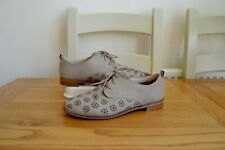 "NEW CLARK`S ""ALANIA POSEY"" SAND NUBUCK LEATHER LACE-UP DERBY SHOES UK 5D RRP £60"