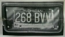 1975-1979 C3 CORVETTE GRILLMATE LICENSE PLATE LENSE KIT PART# 1009 *NEW IN BOX*