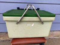 Vintage Green Coleman Cooler Aluminum Metal 2 Handles Please Read