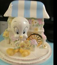 Lenox Tweety Bird Bouquet of Flowers Porcelain Music Box Looney Tunes  with COA