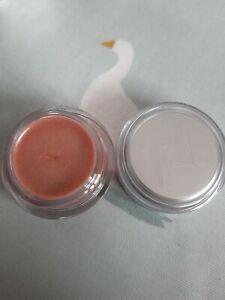 Trinny London lip2cheek Sheer Shimmer in Bunny Rose-Shimmer Champagne Brand New