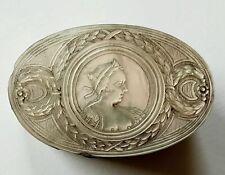 (V0013) Perlmutt Dose / Tabatiere, Erotische Darstellung, barbusige Frau,18. Jh.