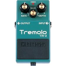BOSS TR-2 Vintage Tremolo Guitar Effects Pedal w/ Rate Depth Wave Controls