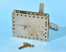 Meccano Motor de relojería con clave de níquel