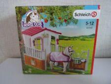 Schleich Cheval Club 42368 Box A avec Lusitanien Stute - Neuf et Emballage