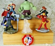 DISNEY INFINITY 2.0 MARVEL AVENGERS LOT & Play Set