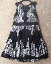 Karen Millen Black And White Dress size 16 BNWT RRP £180