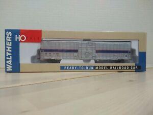 Walthers HO 932-6041 60' Express Box Car, Amtrak-Phase 4 - #71148