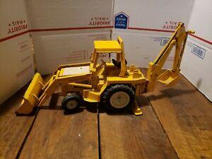 Ertl International Harvester Construction Toy Backhoe with Front Loader