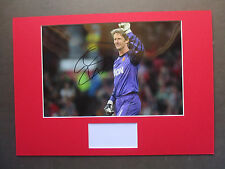 MANCHESTER UNITED EDWIN VAN DER SAR GENUINE SIGNED A3 MOUNTED PHOTO DISPLAY- COA